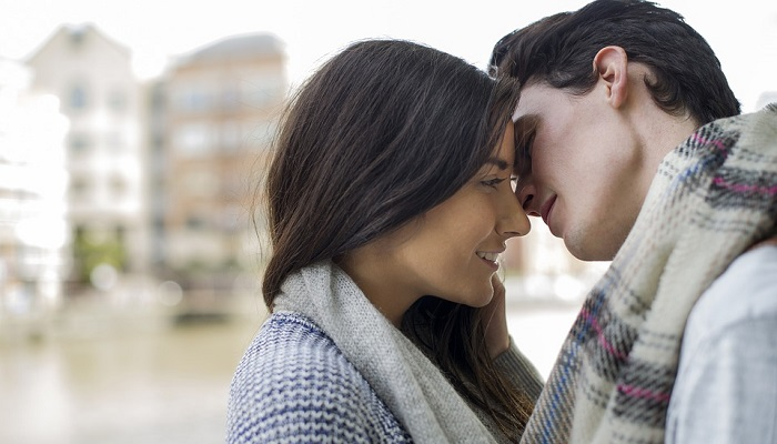 Dreams About Kissing – Meaning and Interpretation